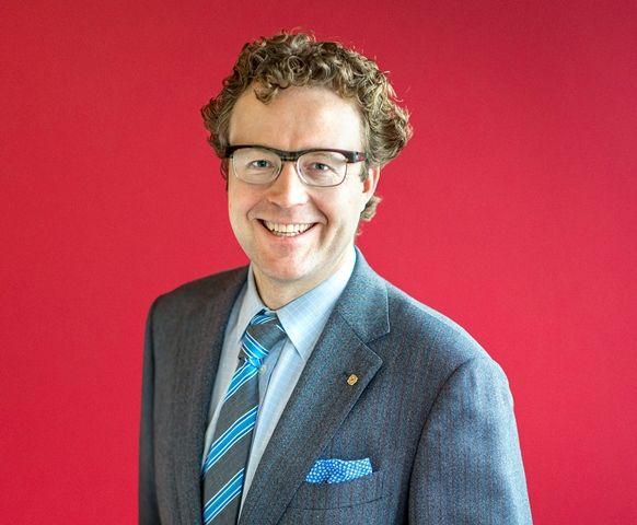 Mr. Jilles van Zinderen