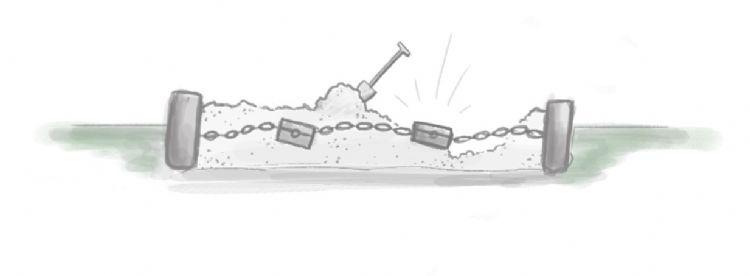 Schatkist aan de ketting in de zandbak