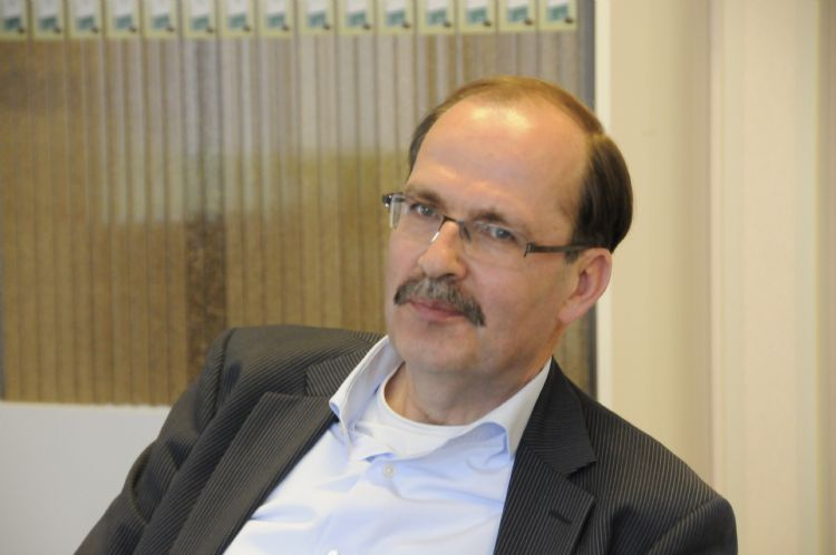 Hendrik Nagelhoud, DLF