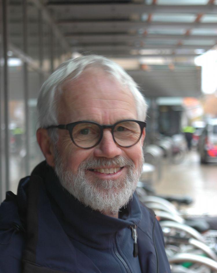 Anton Dekker, de bombunkerpionier van Apeldoorn