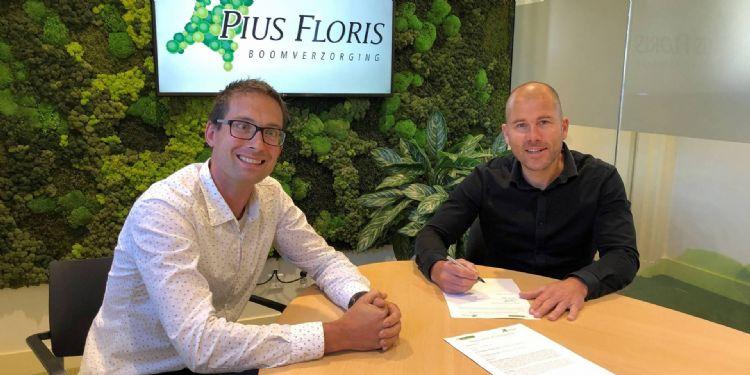 Mark Rotteveel (links) projectadviseur bij de Koninklijke Ginkel Groep, die werkt volgens het Pius Floris-concept, en Jan-Willem de Groot (rechts), franchisemanager bij Pius Floris Boomverzorging.