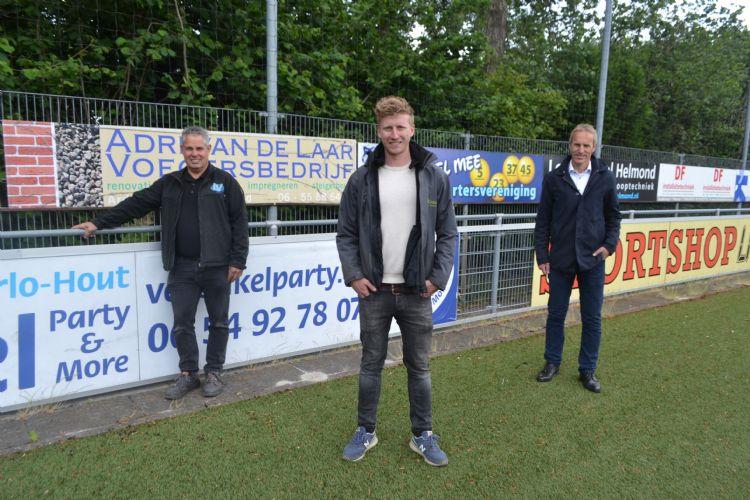 Erik Verbakel (Verbakel Party & More), Roy Verhagen (TopGrass) en Jack Vogels (gemeente Helmond)